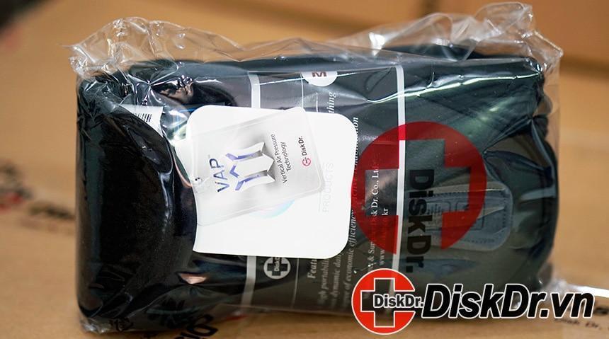 Logo Đai kéo giãn cột sống DiskDr. in trên vỏ sản phẩm