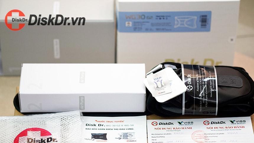 Một bộ sản phẩm đai lưng DiskDr. chính hãng bao gồm: Đai lưng, Bơm tay , Túi giặt (Đai lưng), Sổ bảo hành 12 tháng, Sách hướng dẫn sử dụng, Bộ hộp sản phẩm