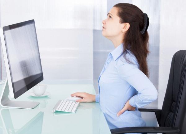 Ngồi quá lâu tư thế gây đau lưng
