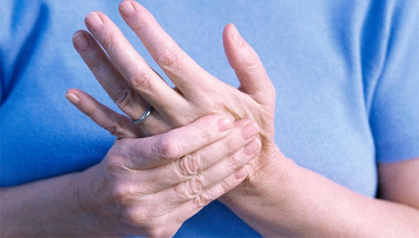 đau nhức tay
