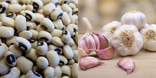 Bài thuốc chữa đau lưng từ đậu trắng và tỏi