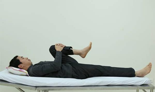 Bài tập thả lỏng cơ lưng