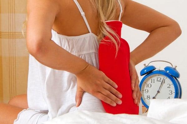 Chườm nóng giảm đau thoát vị đĩa đệm