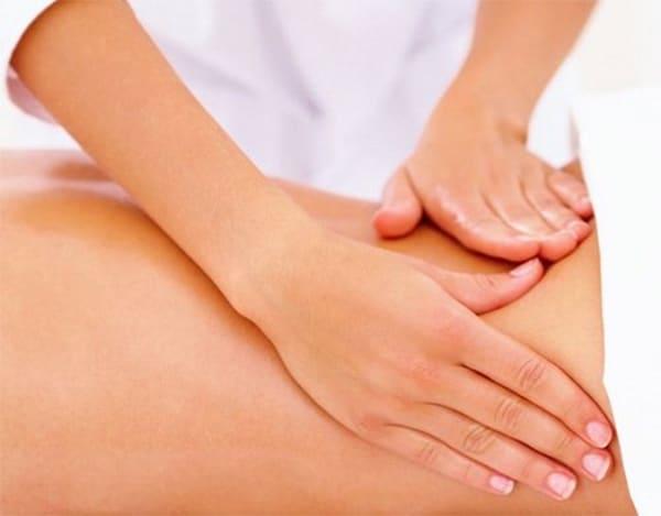 Massage giúp cải thiện các triệu chứng đau nhức