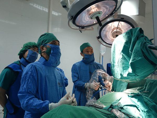 Mổ hở thoát vị đĩa đệm thắt lưng có nhiều ưu điểm