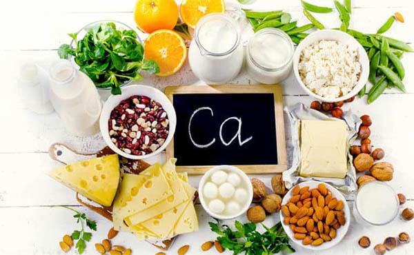 Người bị thoát vị nên bổ sung vào thực đơn hàng ngày các loại thực phẩm giàu canxi