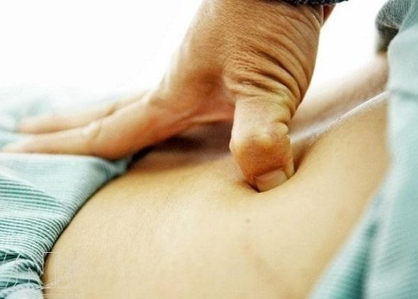 Xoa bóp bấm huyệt giúp giảm đau lưng