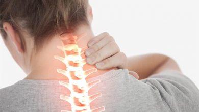 Thoát vị đĩa đệm cổ gây ra đau đớn dai dẳng ở vùng cổ vai gáy