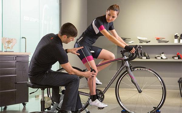 Lựa chọn xe đạp có kích thước phù hợp cho người thoát vị đĩa đệm