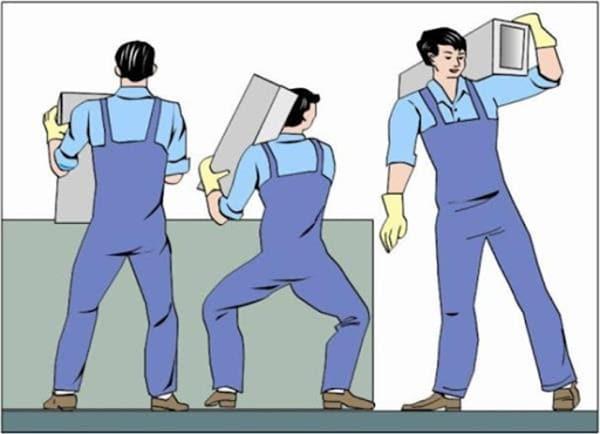 Nguyên nhân gây thoát vị đĩa đệm do thường xuyên mang vác vật nặng