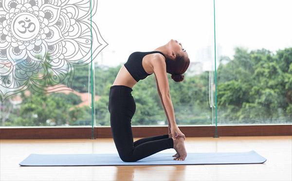 Yoga - một trong những bài tập hữu ích đối với người thoát vị đĩa đệm