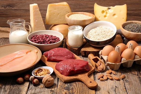 thực phẩm cần tránh cho người bị thoát vị đĩa đệm cổ