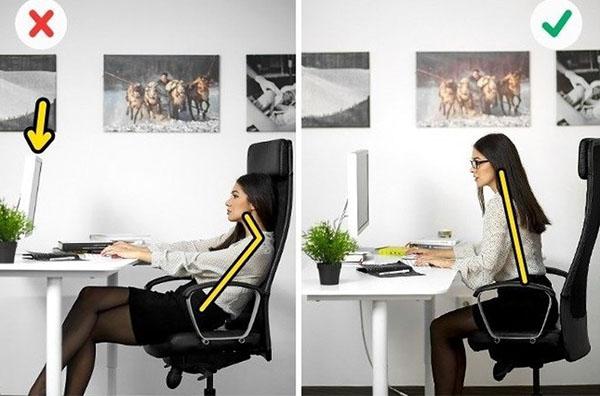 Tư thế ngồi làm việc với máy tính