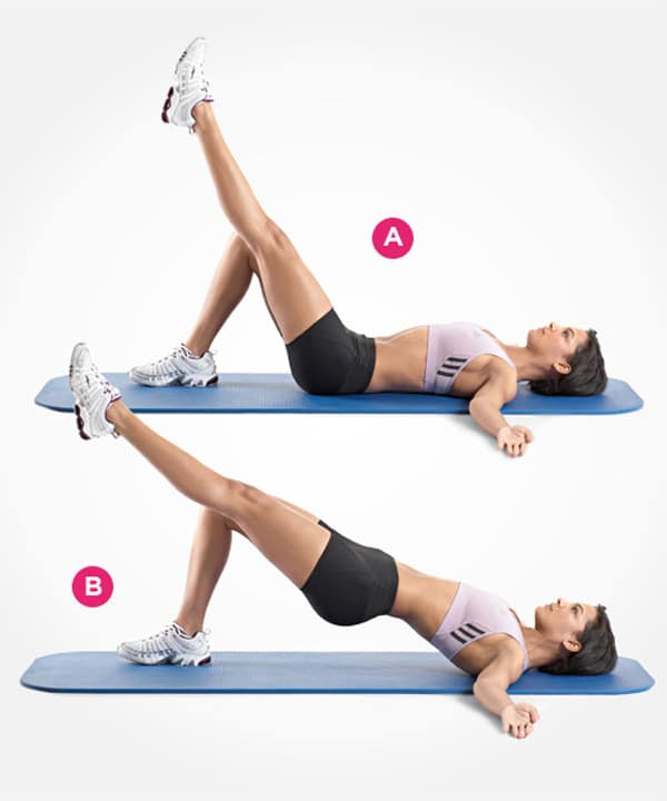 Thực hiện bài tập nâng chân