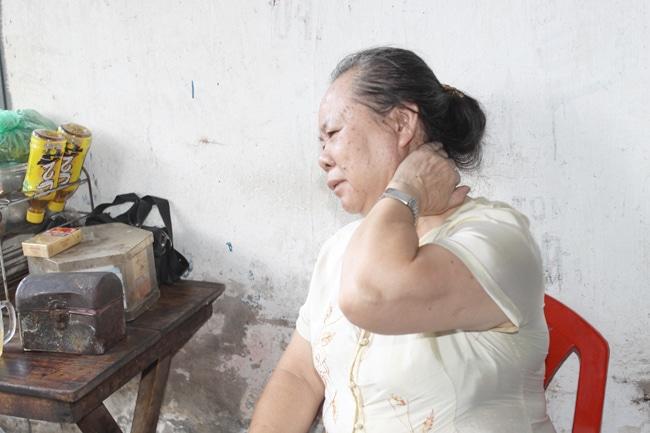 đau mỏi vai gáy là bệnh lý phổ biến ở người lớn tuổi