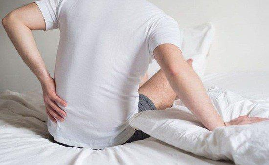 Bệnh đau lưng có thể do nhiều nguyên nhân gây ra