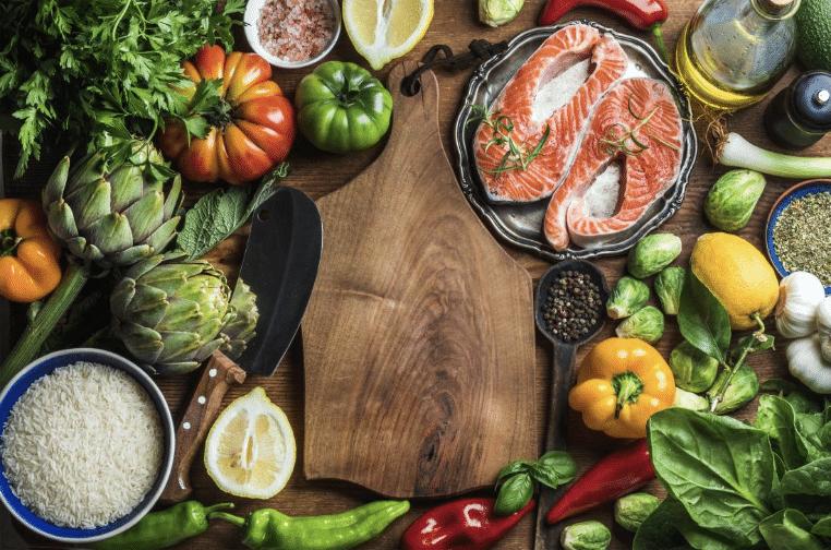 Bổ sung các chất dinh dưỡng để cơ thể hồi phục sau chấn thương khớp gối