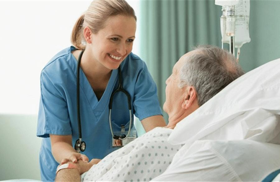 Vật lý trị liệu rất phù hợp với những người mới phục hồi sau phẫu thuật