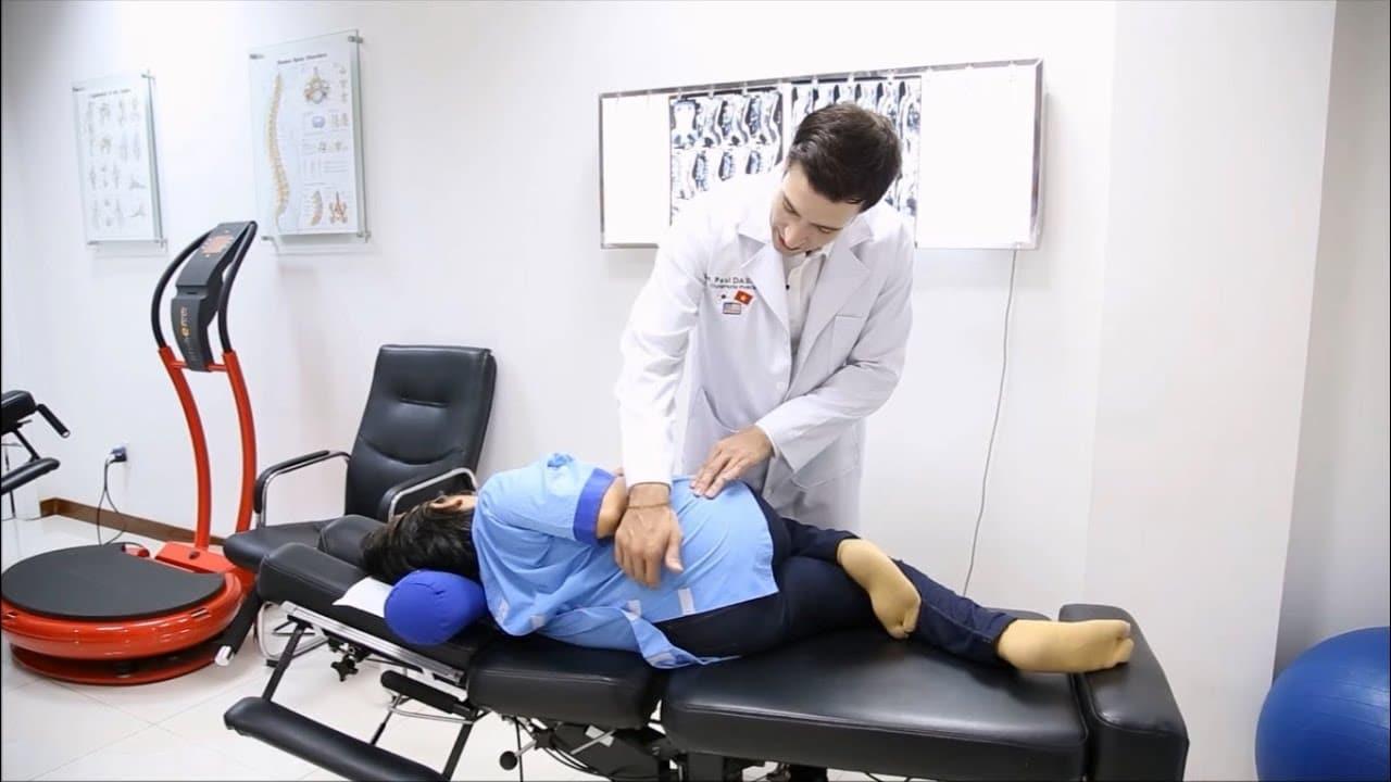 Nên tập luyện và phục hồi dưới sự theo dõi của bác sĩ để tránh những sai sót không mong muốn