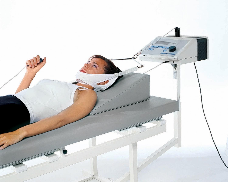 Máy kéo giãn cột sống cổ góp phần hỗ trợ trị liệu và cải thiện tình trạng thoái hóa đốt sống