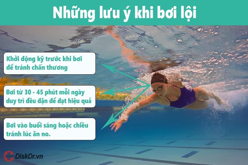 Những lưu ý khi bơi lội phòng tránh thoát vị đĩa đệm